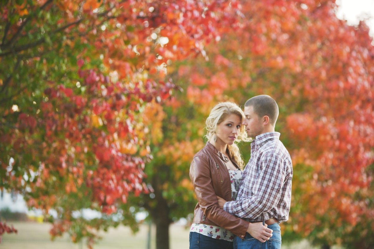 engaged-brooke-nathan-cotton-fields-countryside 029