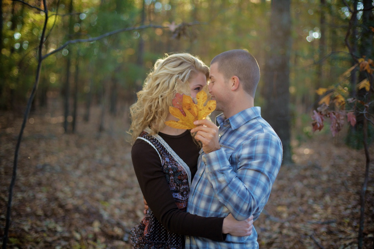 engaged-brooke-nathan-cotton-fields-countryside 037