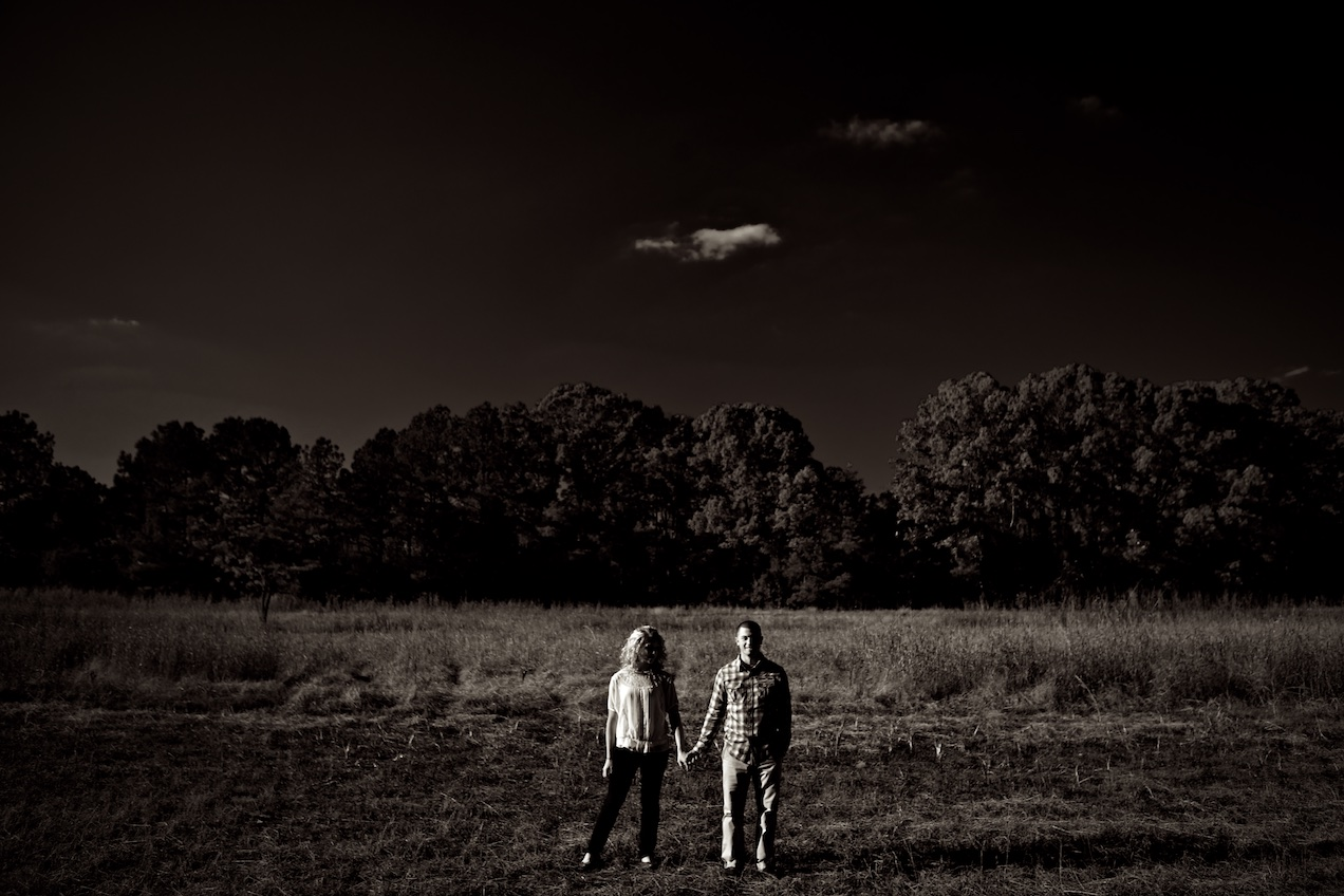 engaged-brooke-nathan-cotton-fields-countryside 039