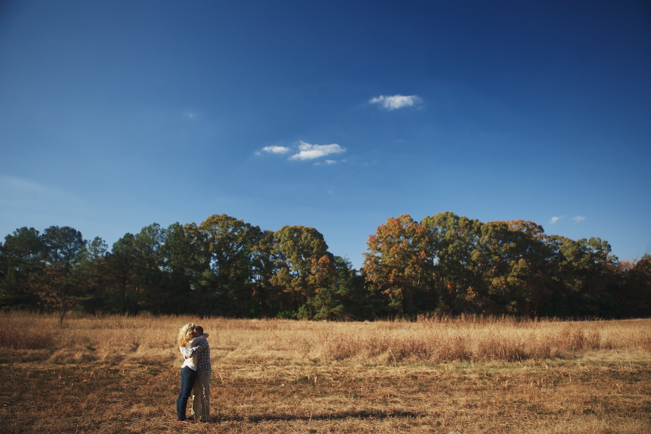 engaged-brooke-nathan-cotton-fields-countryside 040