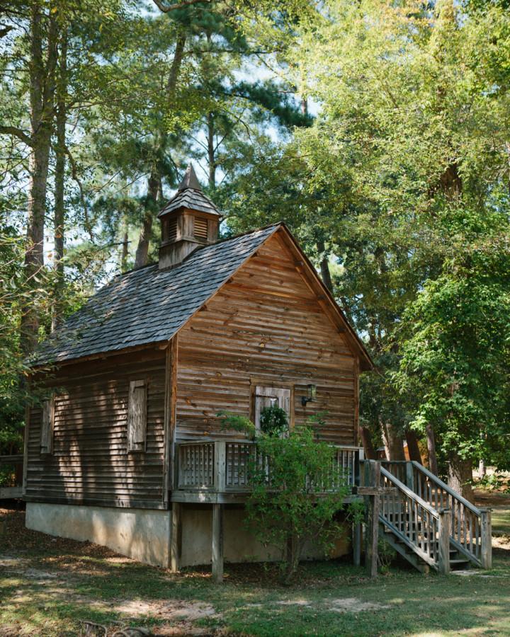 nicole-matthew-living-history-park-wedding-00002