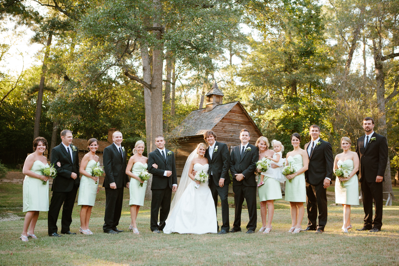 nicole-matthew-living-history-park-wedding-00007