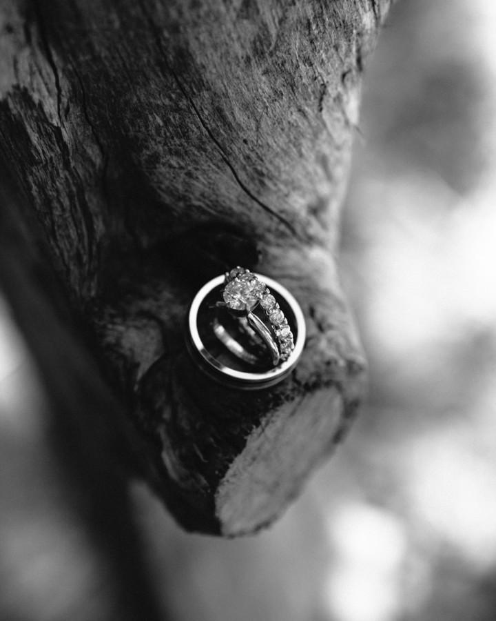 nicole-matthew-living-history-park-wedding-00015