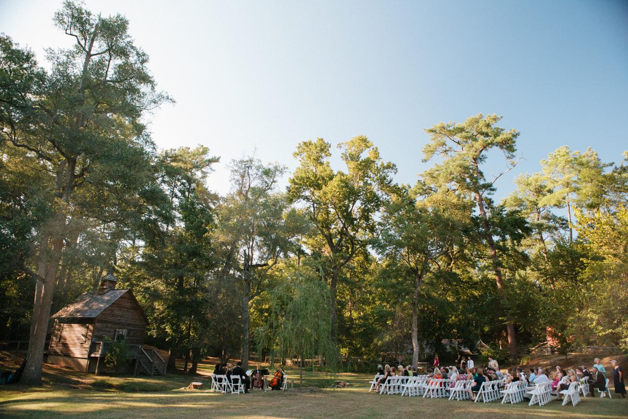 nicole-matthew-living-history-park-wedding-00027