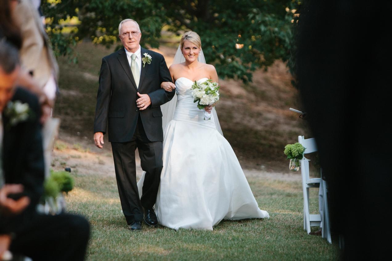 nicole-matthew-living-history-park-wedding-00028