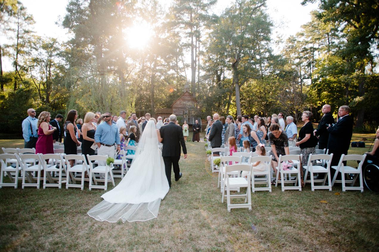 nicole-matthew-living-history-park-wedding-00029