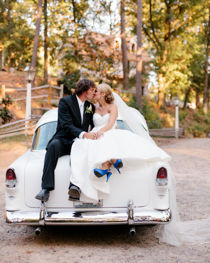 nicole-matthew-living-history-park-wedding-00036