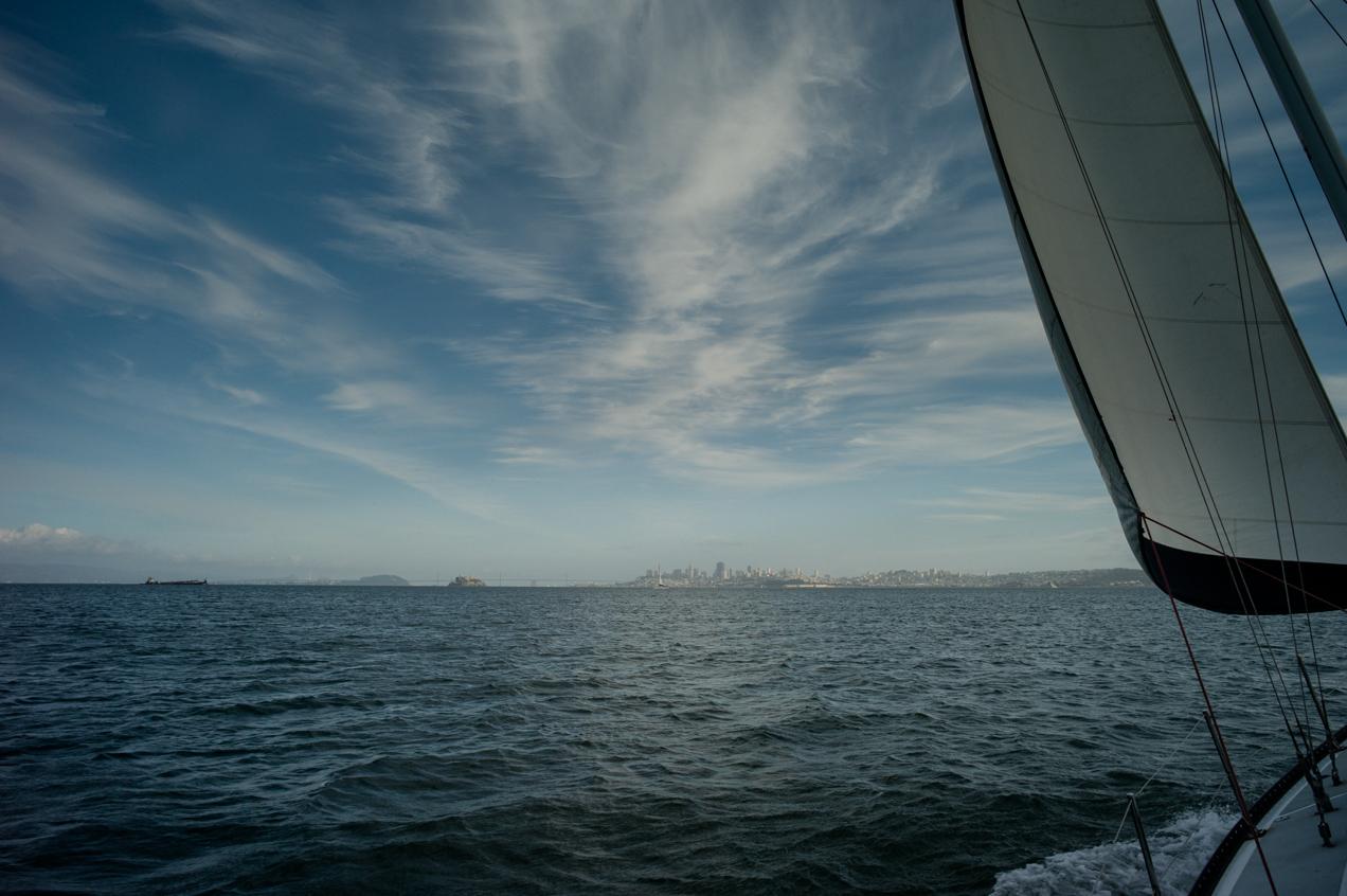 sailing-sausalito-bay-san-fran-california-engagment-angela-trevor-00009