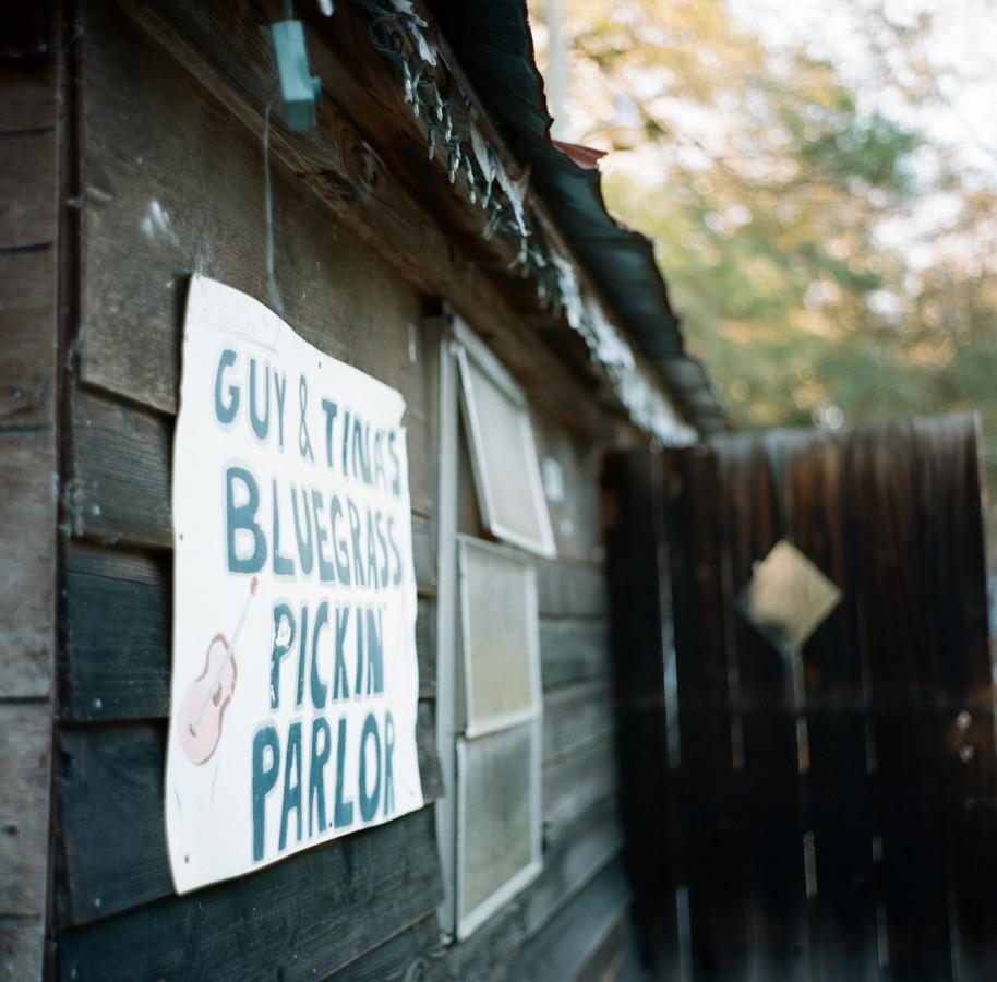 Guy & Tina's Pickin Parlor