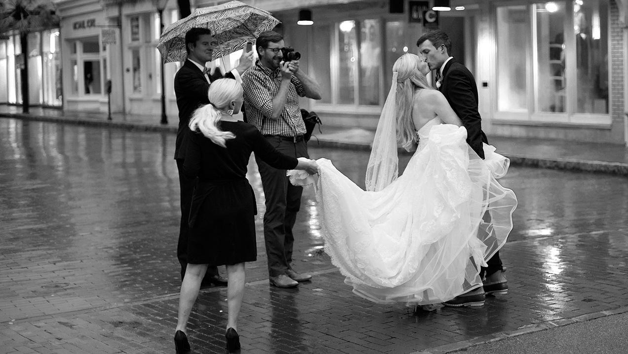 Making wedding pictures on King st, Charleston, SC