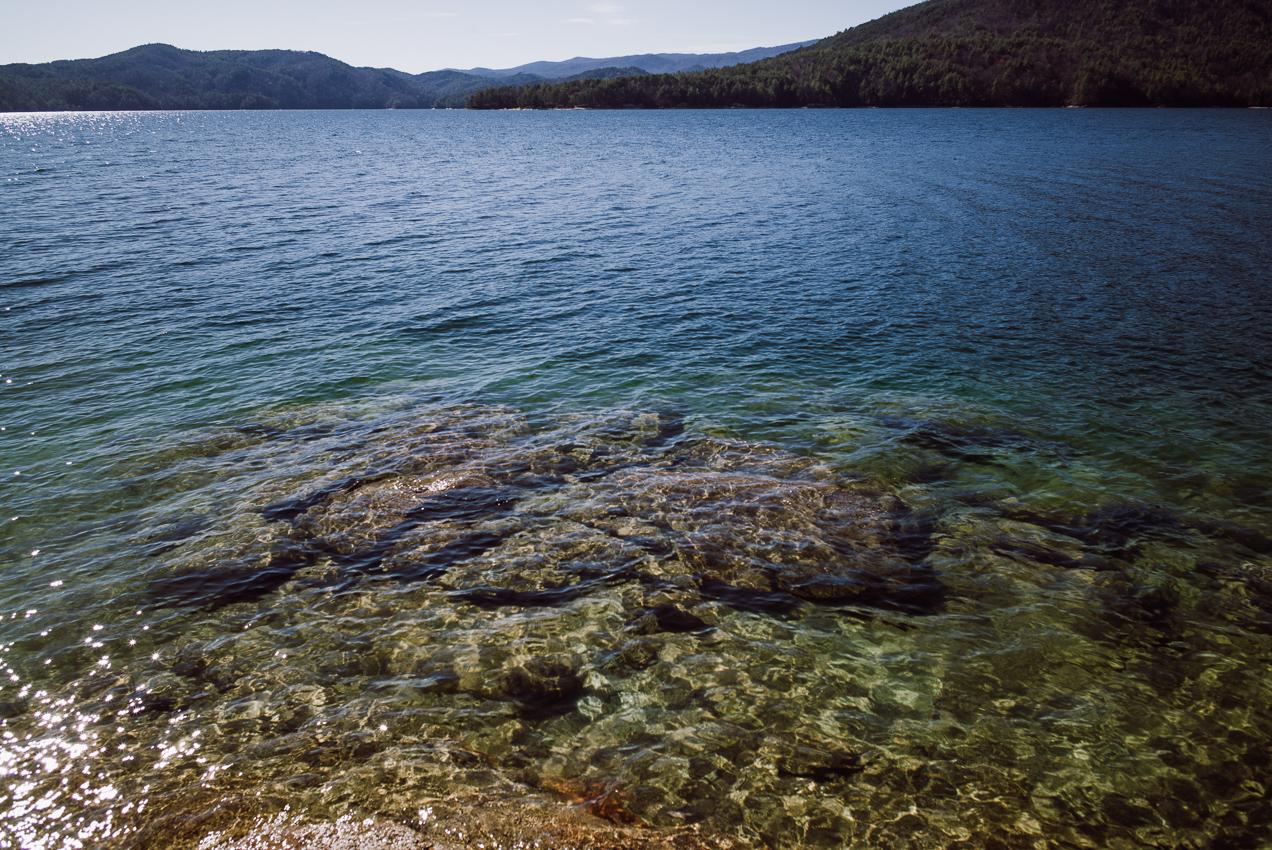Crystal clear water at Lake Jocassee