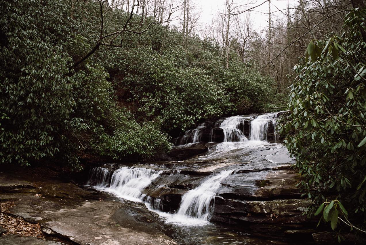 hiking-cesars-head-state-park-00001
